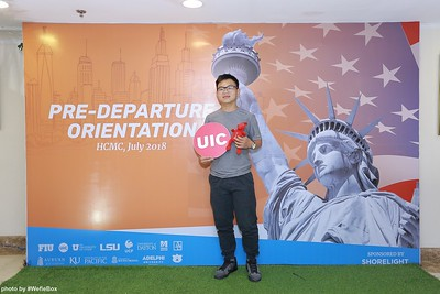 Pre-Departure-Orientation-WefieBox-Photobooth-Vietnam-chup-hinh-in-anh-lay-lien-Su-kien-28