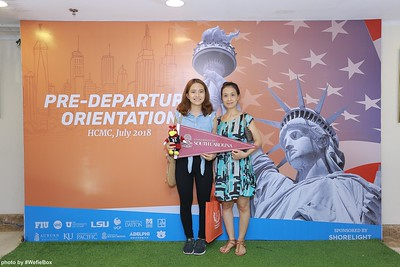 Pre-Departure-Orientation-WefieBox-Photobooth-Vietnam-chup-hinh-in-anh-lay-lien-Su-kien-30