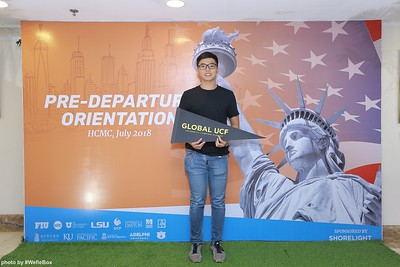Pre-Departure-Orientation-WefieBox-Photobooth-Vietnam-chup-hinh-in-anh-lay-lien-Su-kien-21