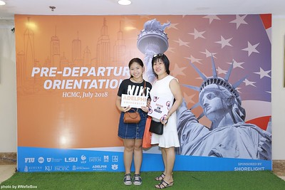 Pre-Departure-Orientation-WefieBox-Photobooth-Vietnam-chup-hinh-in-anh-lay-lien-Su-kien-24