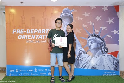 Pre-Departure-Orientation-WefieBox-Photobooth-Vietnam-chup-hinh-in-anh-lay-lien-Su-kien-01