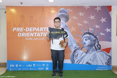 Pre-Departure-Orientation-WefieBox-Photobooth-Vietnam-chup-hinh-in-anh-lay-lien-Su-kien-32