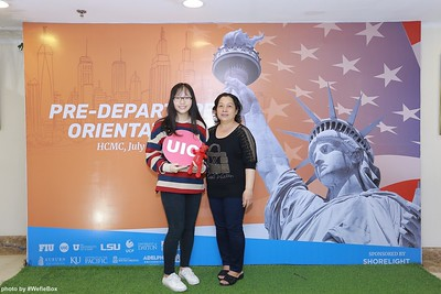 Pre-Departure-Orientation-WefieBox-Photobooth-Vietnam-chup-hinh-in-anh-lay-lien-Su-kien-27