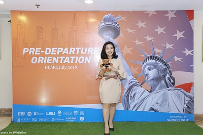 Pre-Departure-Orientation-WefieBox-Photobooth-Vietnam-chup-hinh-in-anh-lay-lien-Su-kien-46