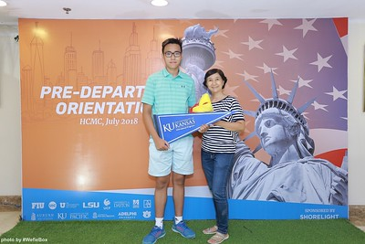 Pre-Departure-Orientation-WefieBox-Photobooth-Vietnam-chup-hinh-in-anh-lay-lien-Su-kien-26