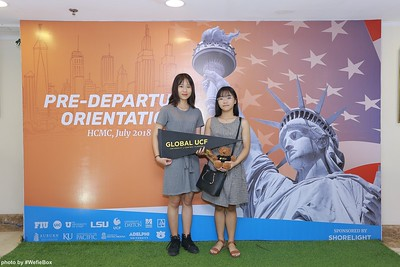 Pre-Departure-Orientation-WefieBox-Photobooth-Vietnam-chup-hinh-in-anh-lay-lien-Su-kien-43