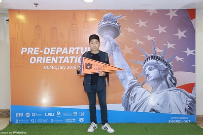 Pre-Departure-Orientation-WefieBox-Photobooth-Vietnam-chup-hinh-in-anh-lay-lien-Su-kien-04