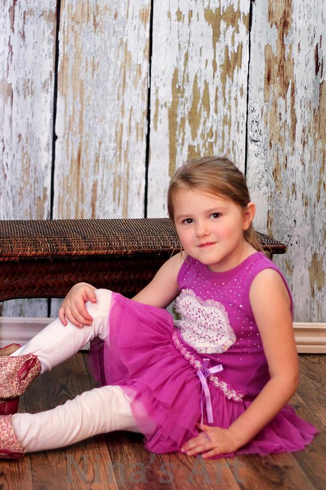 Avery Thornton (7)