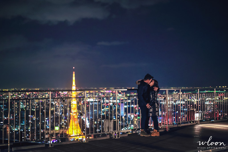 romantic couple shooting in tokyo