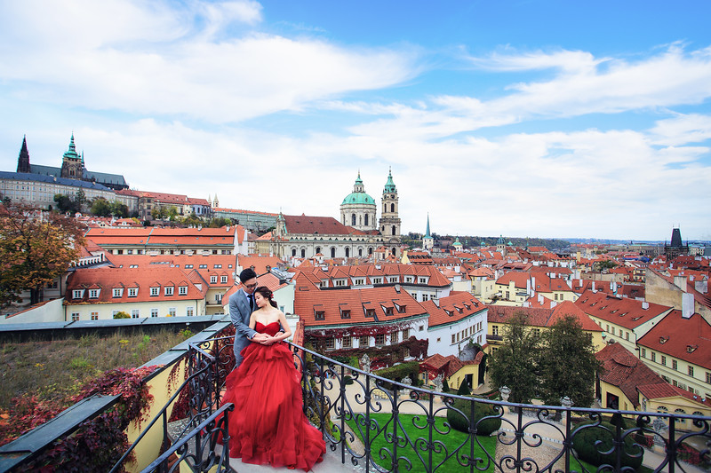 prague pre wedding photographer