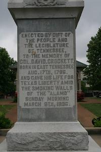 David Crockett Statue