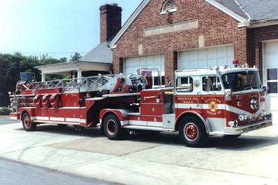 Former Truck 41, a nice 1976 Seagrave/1985 Seagrave, 100'.