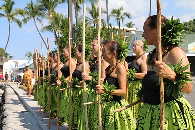 Na Wai Iwi Ola Foundation sets the intention of the day; reminding us to take care of Hawaii for future generations.