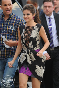 Selena Gomez in Vera Wang Dress, Jimmy Choo Heels, & Lorraine Schwartz Jewels, LA