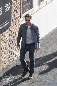 Tom Cruise Fashions Aviator Sunglasses At The Rock of Ages Premiere, LA