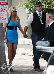 "Britney Spears In Blue Smurf-Inspired Dress with ""Everyday Dave� Lucado!"
