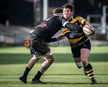 Principality Premiership, Newport v Merthyr at Rodney Parade in Newport, South Wales on Saturday 25 November 2017.   Pictures by Simon Latham