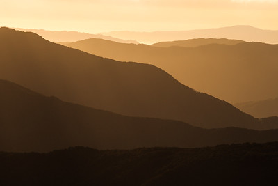 View west from Tarn Ridge Hut across Tararua Ranges, Northern Crossing