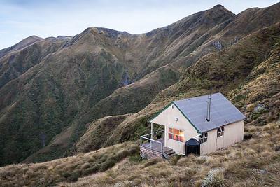 Tarn Ridge Hut, Tararua Forest Park
