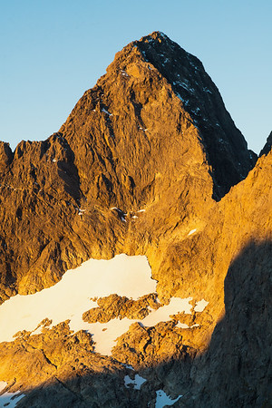 South face and west and south ridges of Mount Te Wera, Darran Mountains, Fiordland National Park, New Zealand