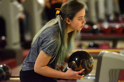 Clarkston's boys and Davison's girls won regional bowling titles Friday. On the boys side, Oxford and Davison also qualified for states, while the Lake Orion and Oxford girls also advanced. (MIPrepZone photo by Jason Schmitt)