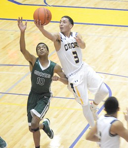 Groves picked up a 65-45 win at Oxford on Tuesday in a battle for first place in the OAA Blue. (MIPrepZone photo by Drew Ellis)