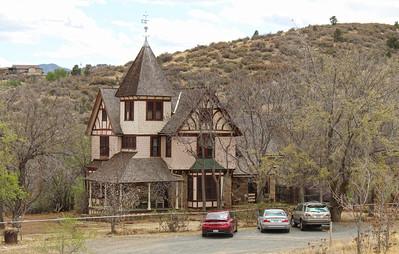 Historic Barlow-Massicks House in Fain Park - 2018