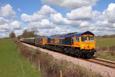 66770+73136 on the 1100 East Grinstead to Sheffield Park on the 17th April 2016