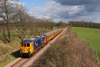 73964+73107 on the 1610 Sheffield Park to East Grinstead at Freshfield on the 17th April 2016