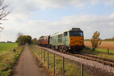 31452 on the 2E52 1442 Wansford to Peterborough at Castor on the 15th October 2017