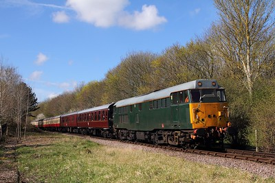 31452 on the 2E42 1002 Wansford to Peterborough between Orton Mere and Peterborough on the 10th April 2016
