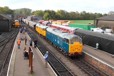 31459+31465 on the 1E50 1312 Yarwell Jct to Wansford arriving Wansford on the 15th October 2017