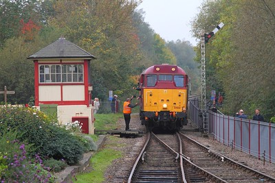31466 on the 2E46 1042 Wansford to Peterborough at Orton mere on the 15th October 2017 1