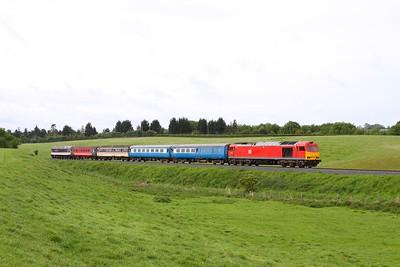 60100 tnt 47828 on the 0820 Kidderminster to Bridgmouth at Eardington on the 20th May 2017