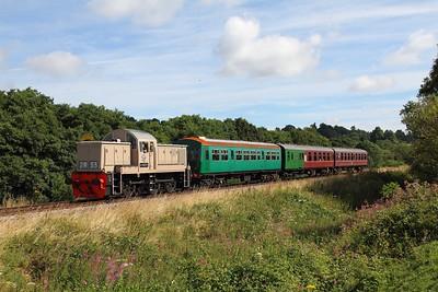 D9537 on the 2J61 1020 Tunbridge Wells West to Eridge at Pokehill farm on the 5th August 2016