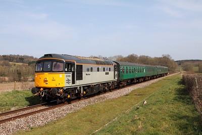 33063 on the 2J33 13 55 Tunbridge Wells to Eridge at Pokehill farm on 1st April 2016