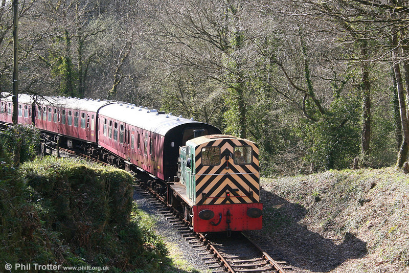 D2178 brings up the rear of the Gwili Railway's 1610 service from Bronwydd Arms to Danycoed on 5th April 2008.