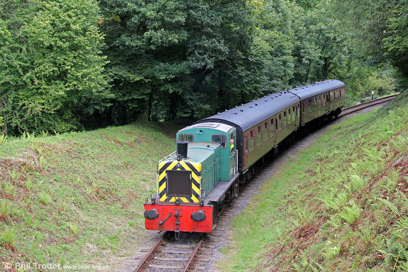 The Gwili Railway's 1962-built Class 03 0-6-0DM no. D2178 approaches Llwyfan Cerrig with the 1450 from Bronwydd Arms on 27th August 2011.