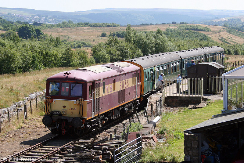73128 waits at Whistle Inn Halt on 26th July 2008.