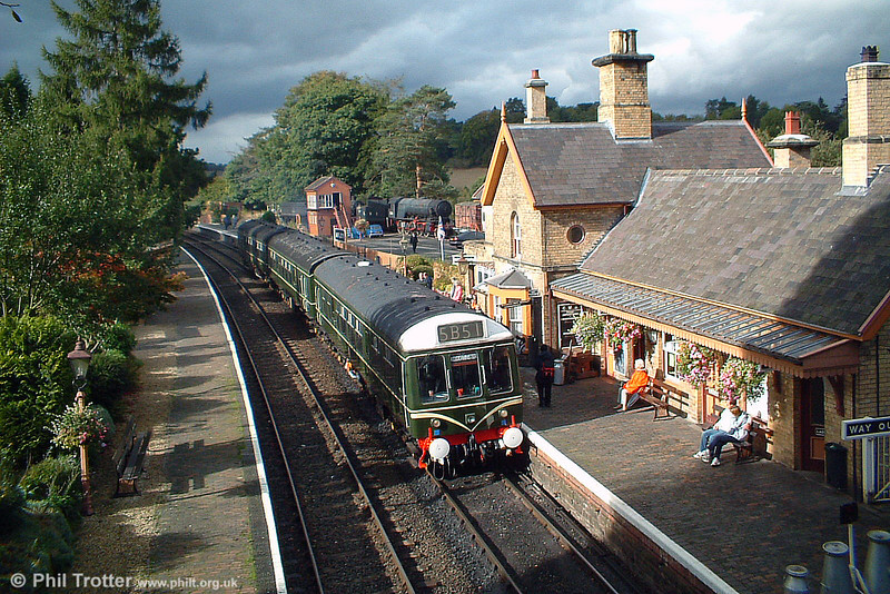 DMU waiting to leave Arley with the 'local' to Kidderminster on 4th October 2003.