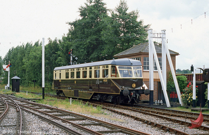 GWR AEC railcar no.22 at Didcot on  28th August 2005. Built in 1940 for lightly loaded branch line work, these vehicles had a top speed of around 40 mph.