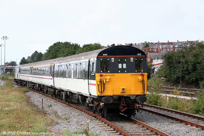 Class 489 GLV (Gatwick Luggage Van) 9110/68509 approaches Woodhams Halt to form the 1108 to Gladstone Road on 24th August 2008. The class 489 DMLVs were converted from 1950s class 2 Hap DMBSOs in 1983/4.
