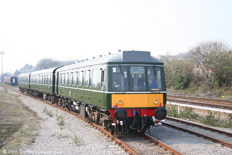 BIR class 115 approaching Woodhams Halt with the 1202 ecs from Barry Depot on 31st March 2007.