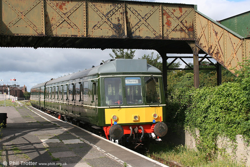 The Vale of Glamorgan Railway's neatly restored class 117 suburban dmu, comprising cars W51382 and W51339 at Barry Island on 26th August 2006.