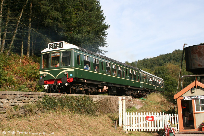 The Dean Forest Railway's Derby Class 108 unit arrives at Norchard High Level on 9th October 2005.