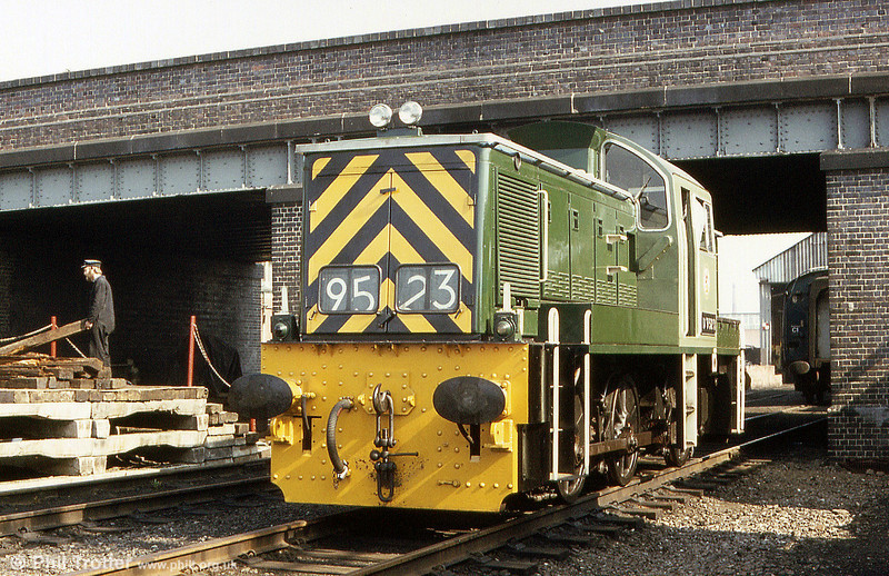 Class 14 0-6-0DH no. D9523 at Loughborough, Great Central Railway, in July 1984.