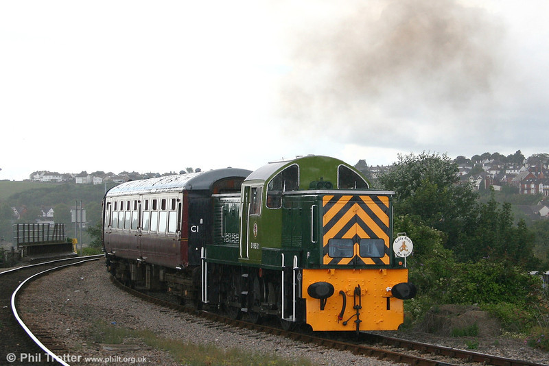 WR 0-6-0DH class 14 D9521 arrives at Barry Island, VoGR. Introduced in 1964, D9521 was sold after only five years' service. In common with several of its sisters, the loco found a second career in industry - in this case at NCB Ashington in Northumberland.