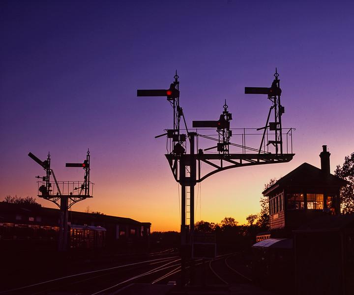 Horsted Keynes, signal box and signals, on 13th November 2004.