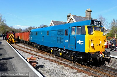 31101 passes Bitton on a freight 11/04/15  Watch the video at: https://youtu.be/Pn9YATj1bjA