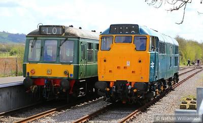 31101 runs round Class 107 DMU 52006 at Avon Riverside 12:38 Avon Riverside to Oldland Common  11/04/15